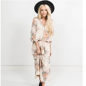NWT Shop Stevie Kambrick Floral Dress